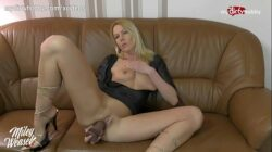 MyDirtyHobby – German MILF live anal cam show with double penetration toy